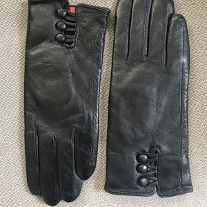 Accessories - Leather gloves brand new